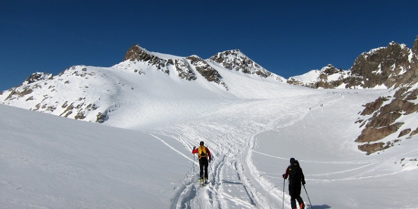 Am Großen Gletscher Plateau, im Blick der Lisenser Spitz.