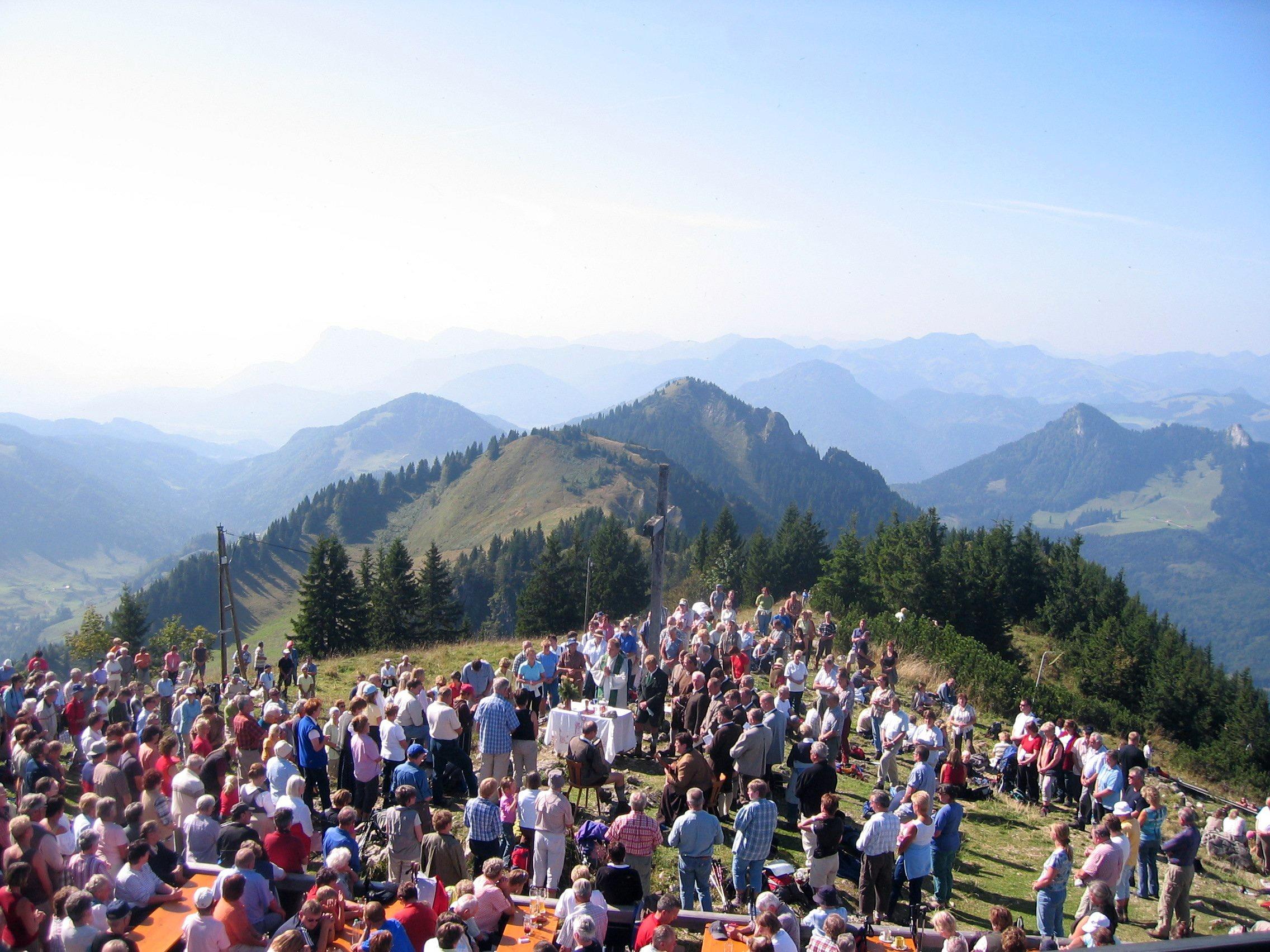 Bergmesse am Hochriesgipfel