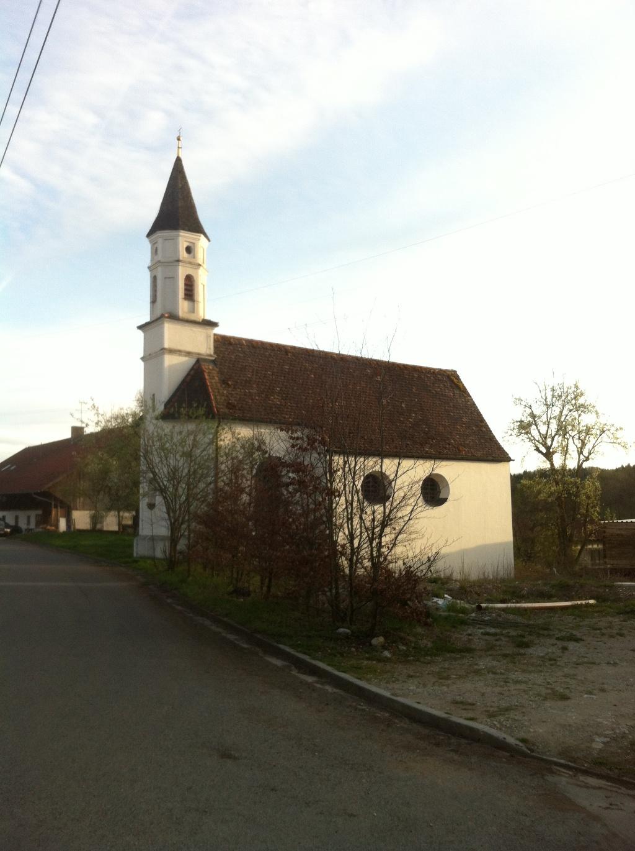 Kirche in Arnried (Antonie Schmid)
