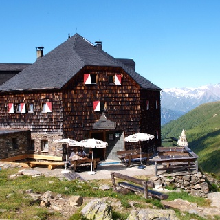 Lasörlinghütte 2296 m