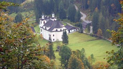 Blick zur Wallfahrtskirche