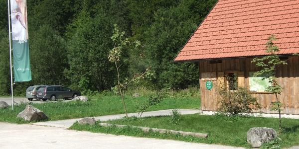 Parkplatz Scheiblingau mit Infohütte