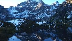 Noch im Schatten, Moaralmsee 1824 m mit Höchstein
