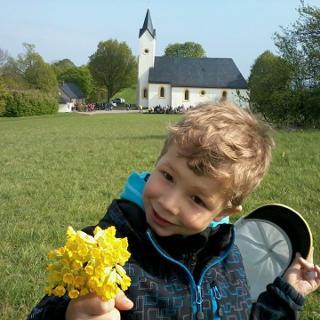 Blumen pflücken am Staffelberg.
