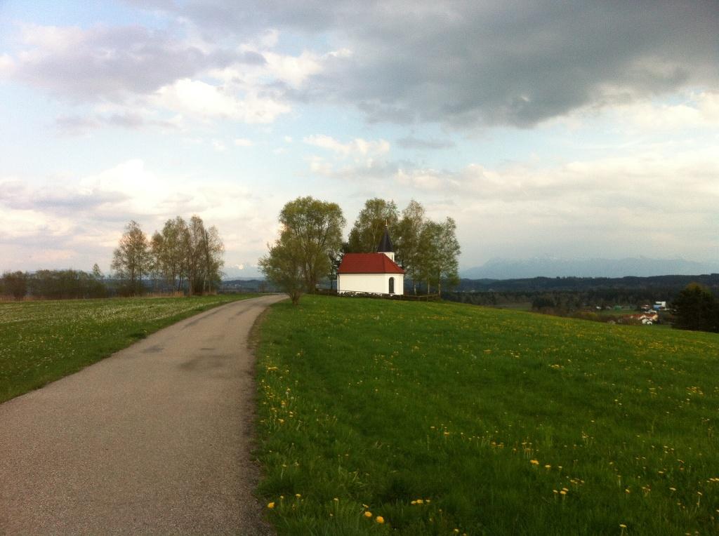 Weitblick auf die Knappengedächtniskapelle (Antonie Schmid)