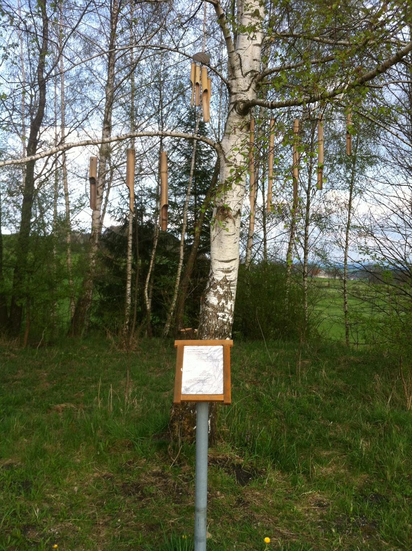 Klangbaum am Meditationsweg (Antonie Schmid)